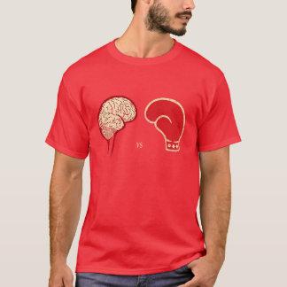 Cérebro contra o Brawn Camiseta