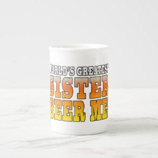 Cerveja da irmã dos mundos dos aniversários das ir caneca de porcelana