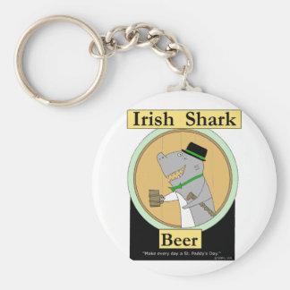 Cerveja irlandesa do tubarão chaveiro