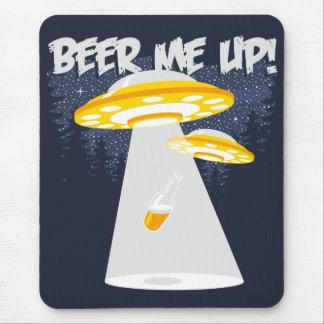 Cerveja mim acima! mouse pad