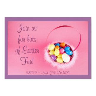 Cesta cor-de-rosa da páscoa, convites de festas da