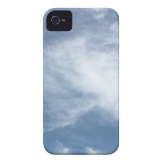 Céu azul e nuvens brancas capa para iPhone 4 Case-Mate