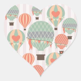 Céu listrado cor-de-rosa de aumentação Pastel dos Adesivos Em Forma De Corações