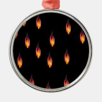 Chamas do fogo ornamento redondo cor prata