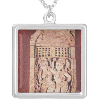 Chapa indiana cinzelada colar personalizado
