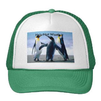 Chapéu com imagem de combate do pinguim bone
