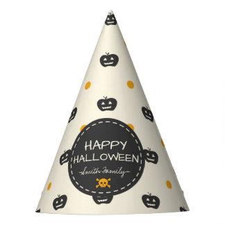 Chapéu De Festa O Dia das Bruxas feliz. Bolinhas do branco da