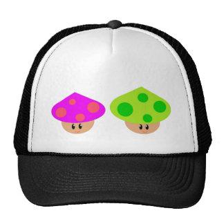 Chapéu pequeno feliz do camionista dos cogumelos boné