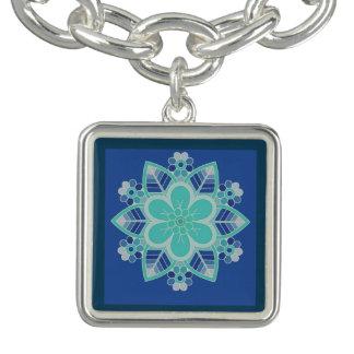 Charm Bracelets Encanto floral do design geométrico do gelo azul