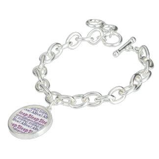 Charm Bracelets Sono destituído mas ainda vivo em roxos sonolentos