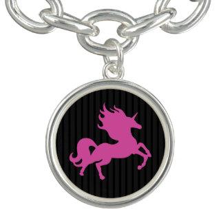 Charm Bracelets Unicórnio cor-de-rosa no fundo preto (IPU)