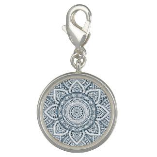 Charm Com Foto Mandala floral branca azul geométrica