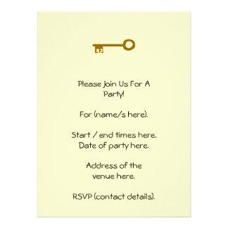 Chave. Chave de Brown no creme Convites Personalizados