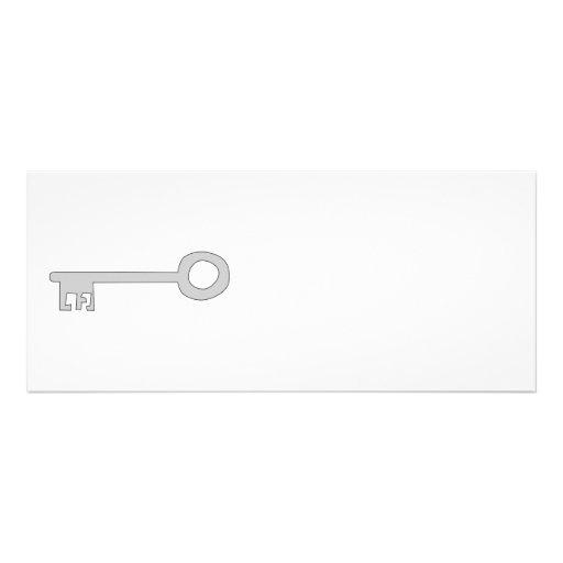 Chave das cinzas de prata no branco convite personalizado