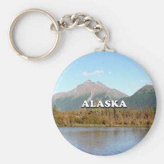 Chaveiro Alaska: montanhas, floresta e rio, EUA