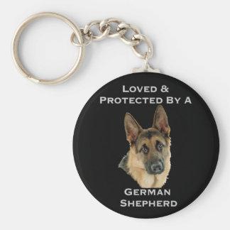 Chaveiro Amado & protegido por um german shepherd