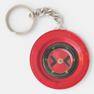 Chaveiro botão vermelho da porta próxima do trem