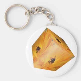 Chaveiro Cubo amarelo com inseto e flor da abelha