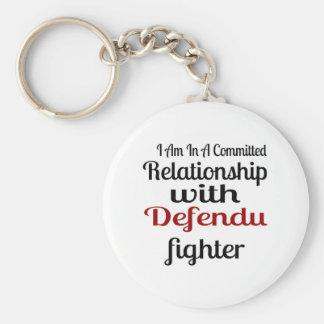 Chaveiro Eu estou em uma relação cometida com Defendu Figh