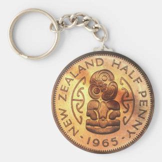 Chaveiro maori da moeda do Halfpenny de Tiki do
