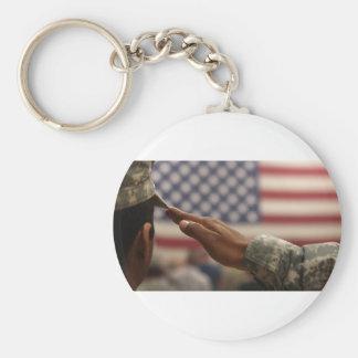 Chaveiro O soldado sauda a bandeira dos Estados Unidos