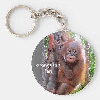 Chaveiro Orangotango do bebê na árvore