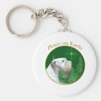 Chaveiro Paz de Sealyham Terrier na terra