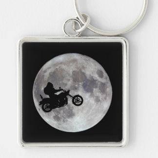 Chaveiro Pé grande, bicicleta grande e uma lua brilhante
