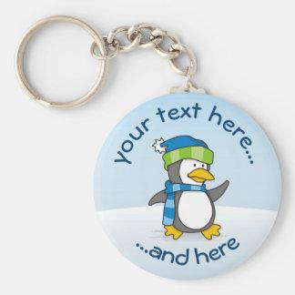Chaveiro Pinguim pequeno que anda na neve
