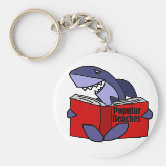 Chaveiro Tubarão engraçado que lê o livro popular das