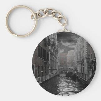 Chaveiro Veneza em preto e branco