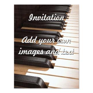 Chaves de madeira 2 do piano convites