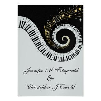Chaves do piano e notas musicais douradas que Wedd Convite Personalizados
