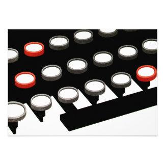 Chaves redondas de w do teclado de máquina de escr convite