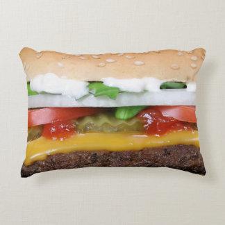 cheeseburger delicioso com fotografia das almofada decorativa