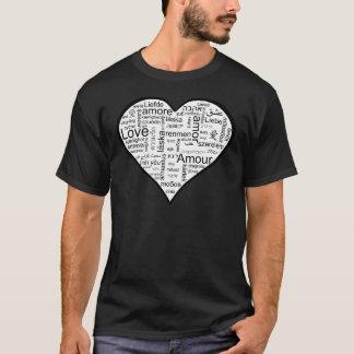 Cheio do coração do amor em línguas diferentes camiseta