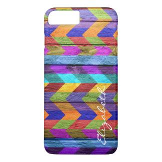 Chevron colorido de madeira listra o monograma #11 capa iPhone 7 plus