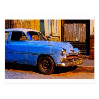Chevy azul no alvorecer, Havana, Cuba Cartão Postal