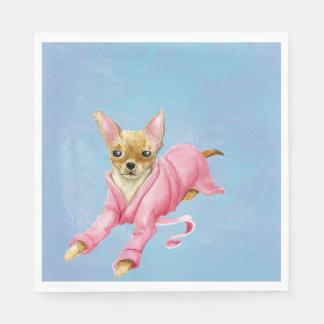 Chihuahua em guardanapo de um almoço do cão do