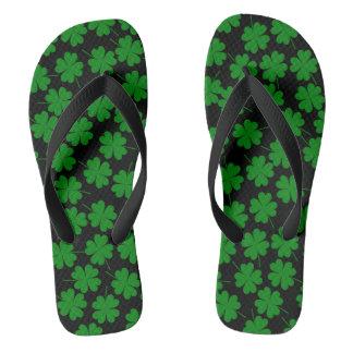 Chinelos Adulto irlandês, correias largas