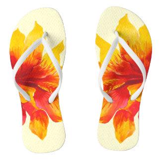 Chinelos amarelos florais de Havaí