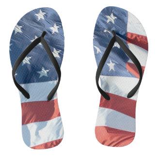 Chinelos Bandeira americana no vento Não-Idêntico