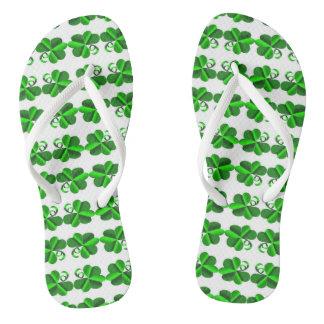 Chinelos Dia de St Patrick. Shamrock. do trevo