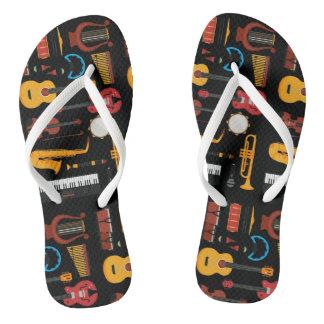 Chinelos Flip-flop colorido dos instrumentos musicais