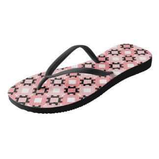 Chinelos geométricos cor-de-rosa do design dos