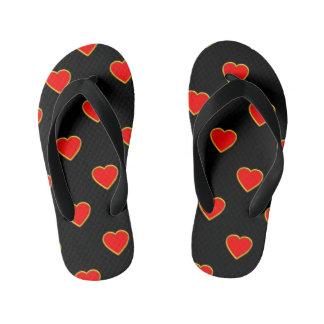 Chinelos Infantis Corações vermelhos no fundo preto
