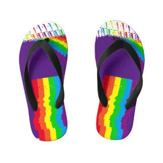 Chinelos Infantis Cores legal do design do arco-íris