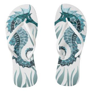 Chinelos Juncos subaquáticos do cavalo de mar verdes &