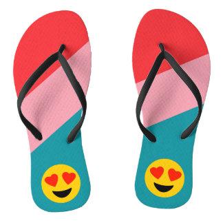 Chinelos listrados de Emoji do amor do olho do