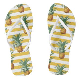 Chinelos listras amarelas dos pinepples